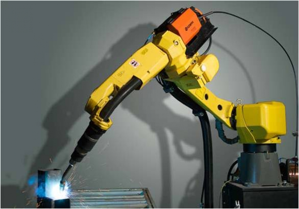 Robotic system for MIG / MAG welding.